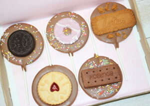 Milk Chocolate Biscuit Lollipop Selection